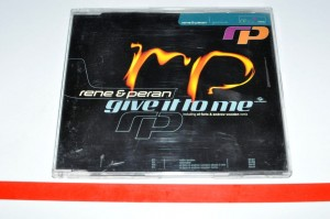Rene & Peran – Give It To Me Maxi CD Używ.
