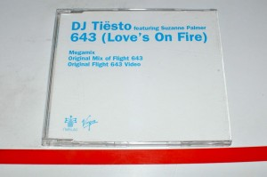 DJ Tiesto Featuring Suzanne Palmer – 643 (Love's On Fire) Maxi CD Używ.