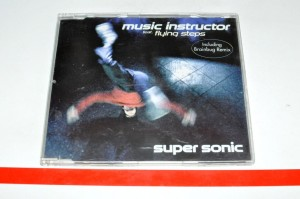Music Instructor Feat. Flying Steps – Super Sonic Maxi CD Używ.
